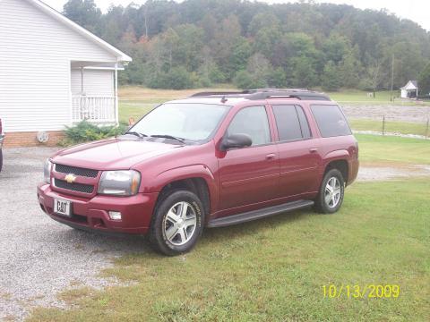2006 Chevrolet TrailBlazer EXT LT in Bordeaux Red Metallic