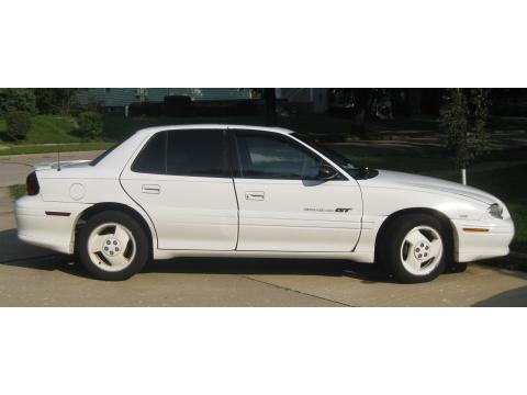 1996 Pontiac Grand Am GT Coupe in Bright White