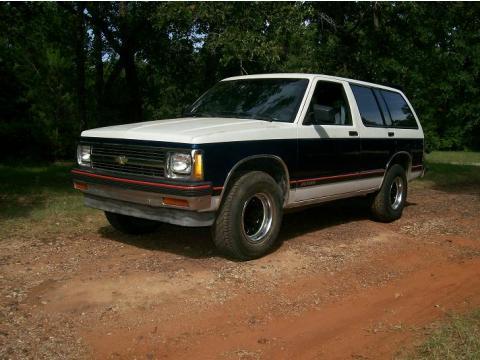1991 Chevrolet Blazer  in Blue/White