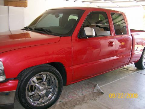 2002 Chevrolet Silverado 1500 Extended Cab in Red Custom