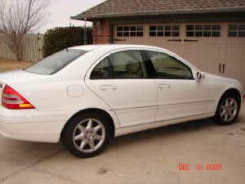 2003 Mercedes-Benz C 240 Sedan in Alabaster White