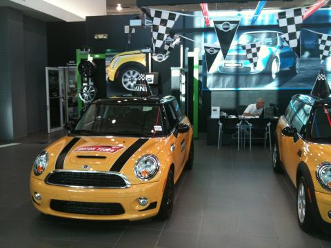 2009 Mini Cooper John Cooper Works Hardtop in Mellow Yellow