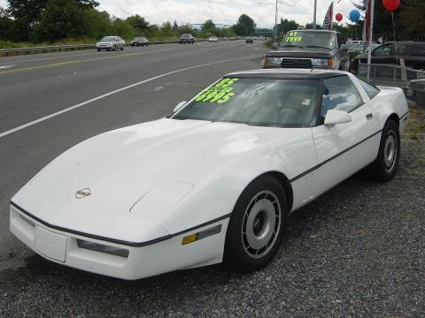 1985 Chevrolet Corvette  in White
