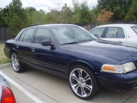 2001 Ford Crown Victoria  in Deep Wedgewood Blue Metallic