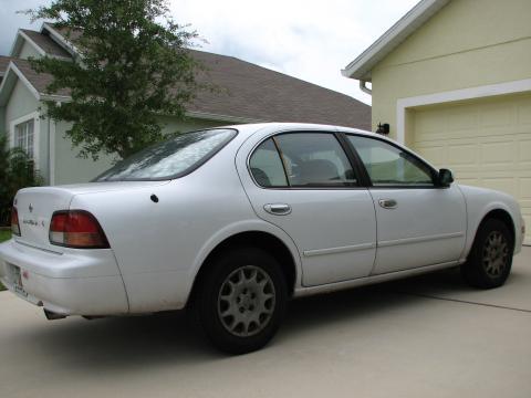 1998 Nissan Maxima  in Arctic White Pearl Metallic