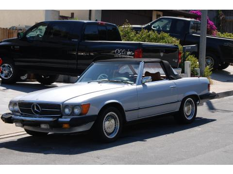 1975 Mercedes-Benz SL Class 450 SL Roadster in Mercedes Silver