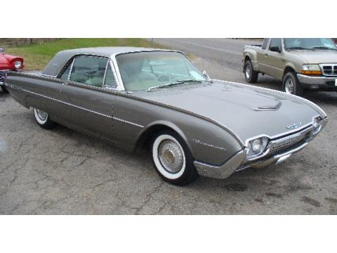1962 Ford Thunderbird 2 Door Coupe in Gray