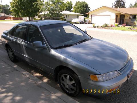 1995 Honda Accord EX Sedan in Blue Teal