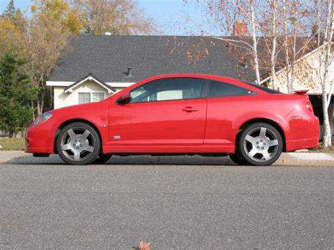 2006 Chevrolet Cobalt SS Supercharged Coupe in Victory Red