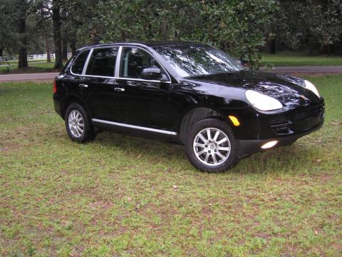 2004 Porsche Cayenne Tiptronic in Black