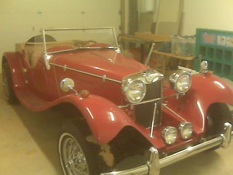 1939 Jaguar Roadster  in Red