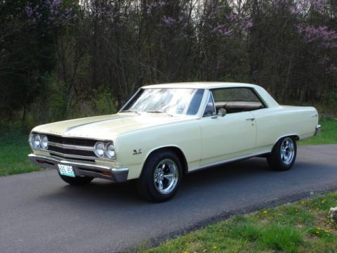 1965 Chevrolet Chevelle Malibu SS in Crocus Yellow