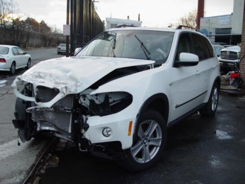 Alpine White 2008 BMW X5 4.8i with Sand Beige interior 2008 BMW X5 4.8i in