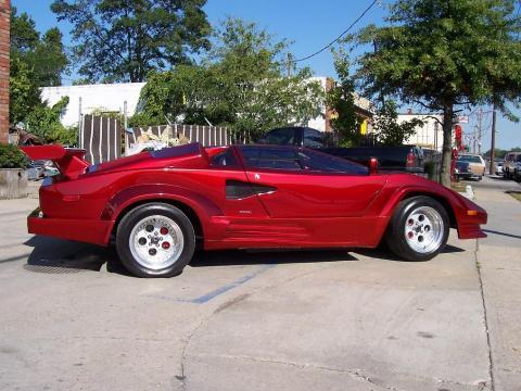 1986 Custom Lamborghini Replica Countach in Candy Apple Red