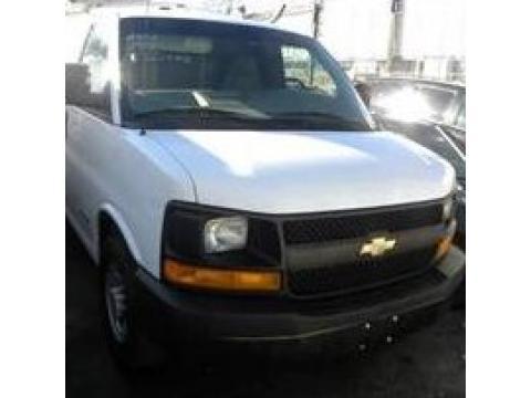 2006 Chevrolet Express 1500 Cargo Van in Summit White