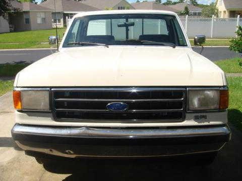 1991 Ford F150 Lariat in White, Blue and Red