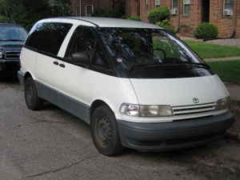 1994 Toyota Previa LE in White