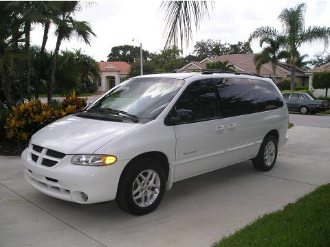 2000 Dodge Grand Caravan SE Sport in Bright White