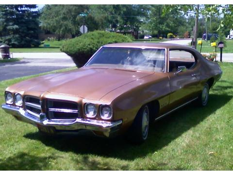 1972 Pontiac LeMans Coupe in Gold
