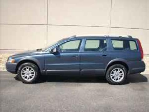 2007 Volvo XC70 AWD Cross Country in Barents Blue Metallic