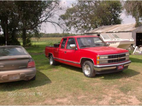 1992 Chevrolet C/K C1500 Extended Cab in Victory Red