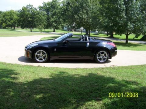 2006 Nissan 350Z Grand Touring Roadster in Magnetic Black Pearl