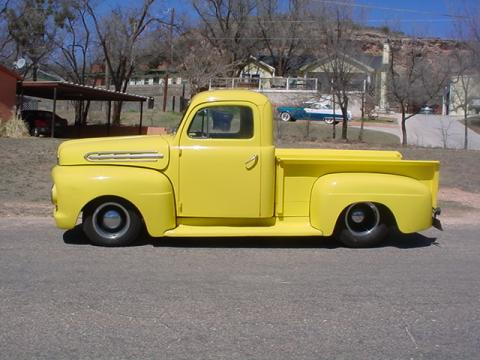 1951 Ford F1 Pickup in Yellow