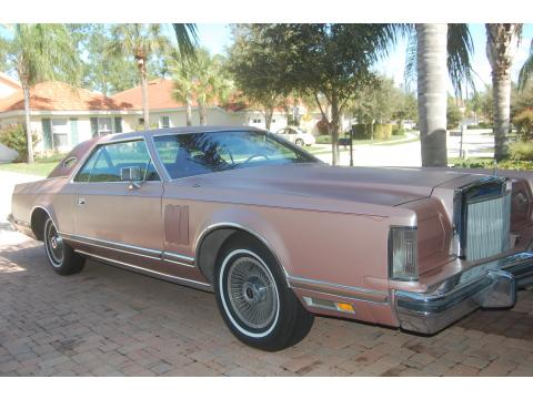 1977 Lincoln Continental Mark V in Rose Metallic
