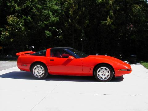 1995 Chevrolet Corvette Coupe in Torch Red