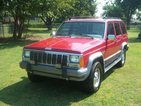 1992 Jeep Cherokee Laredo 4x4 in Red