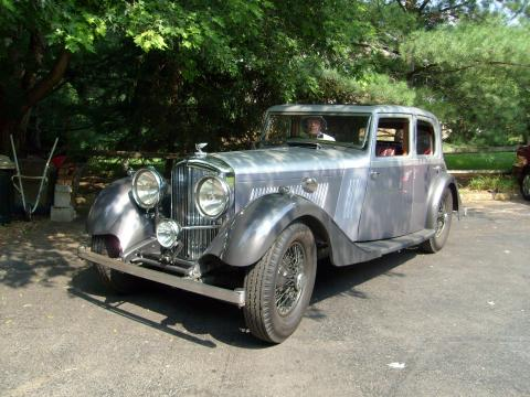 1934 Bentley 3.5 Litre Mann-Egerton Saloon One-off in Silver