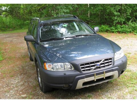 2005 Volvo XC70 AWD in Barents Blue Metallic