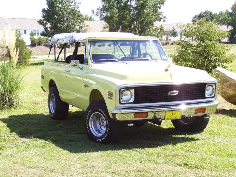 1972 Chevrolet Blazer K5 CST in Yellow
