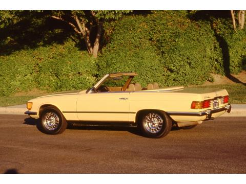 1973 Mercedes-Benz SL Class 450 SL Roadster in Maple Yellow