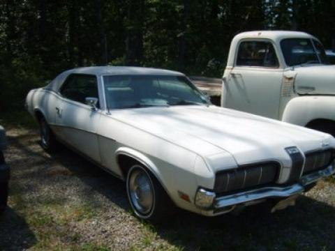 1970 Mercury Cougar Houndstooth in White
