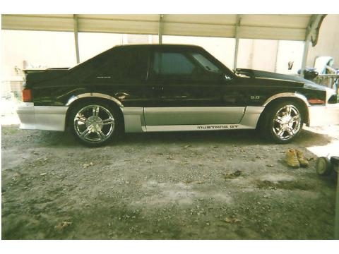 1992 Ford Mustang GT Coupe in Black and Silver 2-Tone