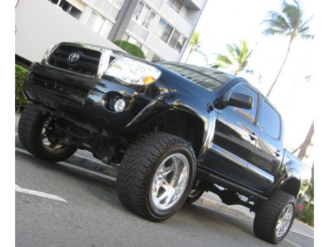 2006 Toyota Tacoma Double Cab in Black Sand Pearl