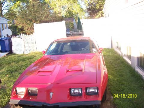1979 Pontiac Firebird Formula in Bright Red