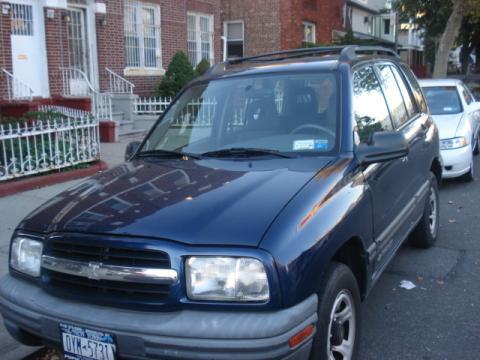 2002 Chevrolet Tracker Hard Top in Indigo Blue Metallic
