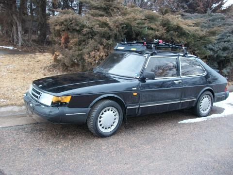 1989 Saab 900 Coupe in Black