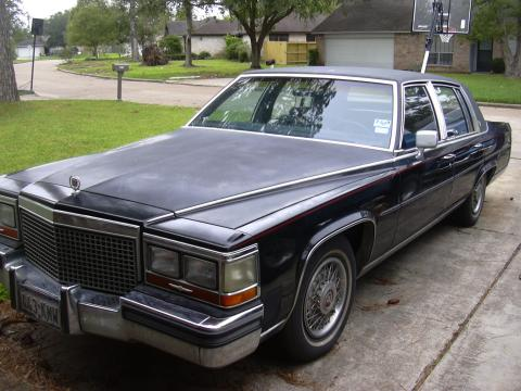 1988 Cadillac Fleetwood Brougham in Black