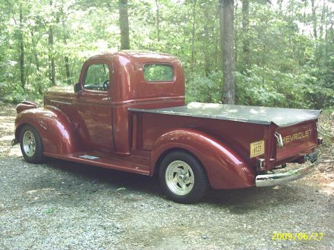 1941 Chevrolet Pickup 1/2 Ton in Dark Red