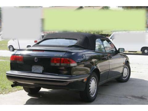 1995 Saab 900 S Convertible in Black