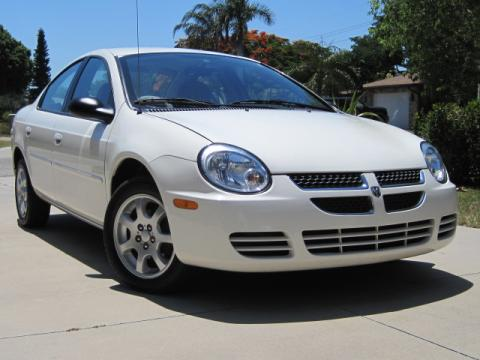 2005 Dodge Neon SXT in Stone White