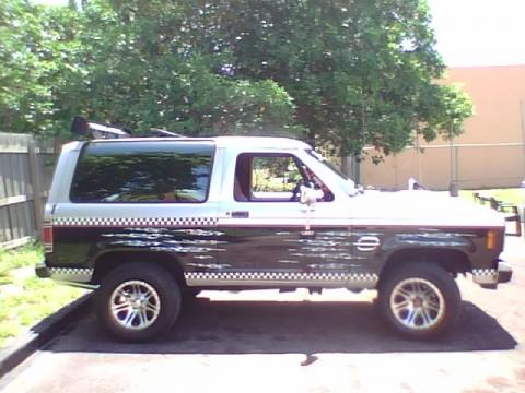 1987 Ford Bronco II XLT in Silver/Black