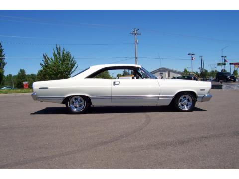 1967 Ford Fairlane 500 XL 2 Door Hardtop in Wimbeldon White