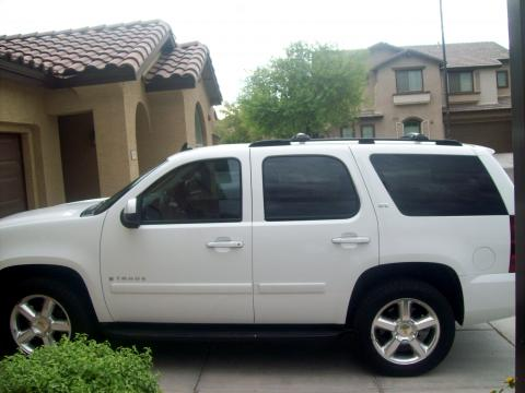 2007 Chevrolet Tahoe LTZ in Summit White