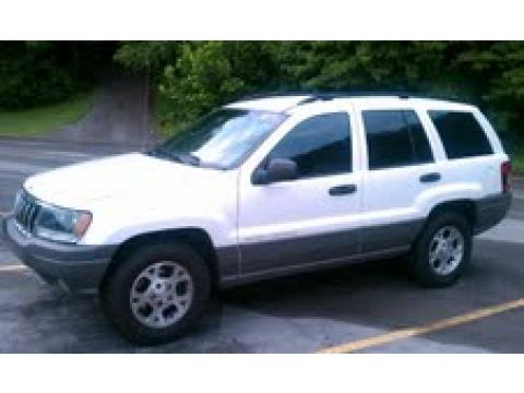 2002 Jeep Grand Cherokee Sport in Stone White