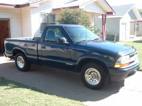 1998 Chevrolet S10 Regular Cab in Indigo Blue Metallic