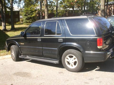 1998 Oldsmobile Bravada AWD in Black